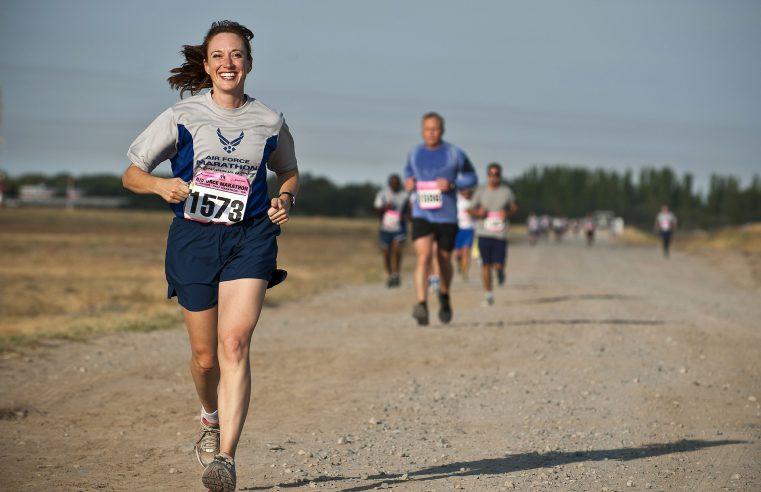 Nie trzeba od razu biegać maratonów